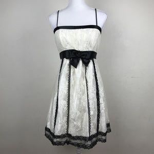 Jessica McClintock white lace dress Vintage Medium